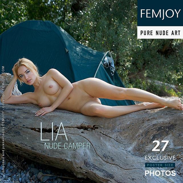 Nude Camper